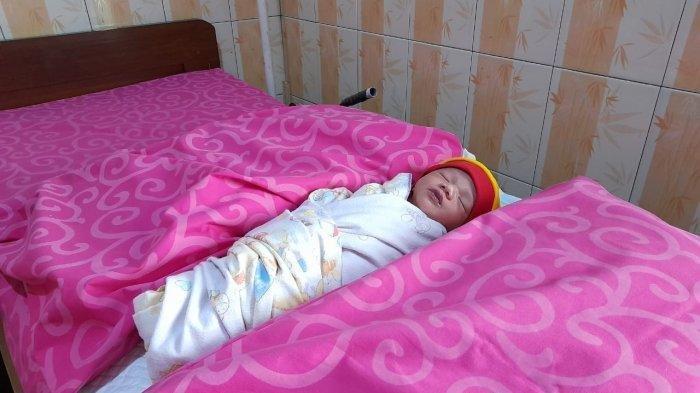 Tega Sekali Ibu Ini, Bayi Baru Dilahirkan Dibuang ke Selokan, Tubuhnya Dikerubuti Semut