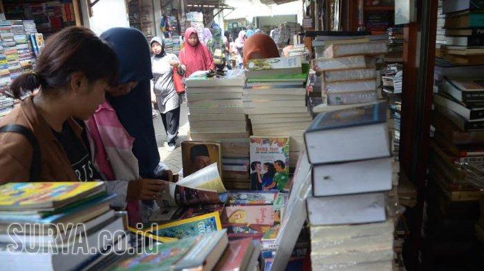 Kampung Ilmu di Jl Semarang di Bawah Ancaman Hujan
