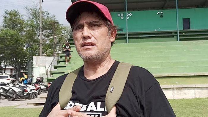 Pelatih Kiper Persebaya Surabaya Tidak Memungkiri Tertarik Pulangkan Miswar Saputra