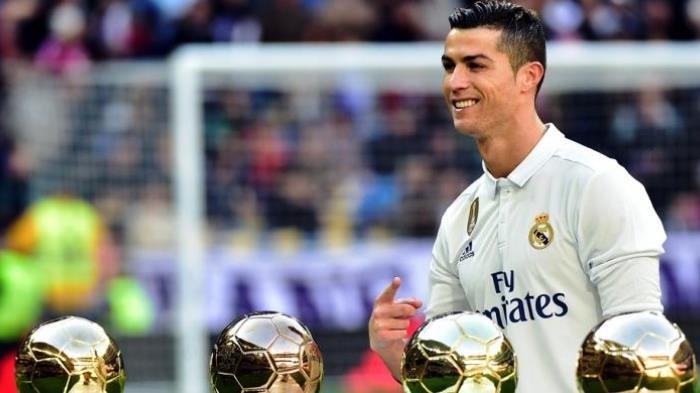 Cristiano Ronaldo Resmi Gabung Juventus Dengan Kontrak Rp 1,6 Triliun
