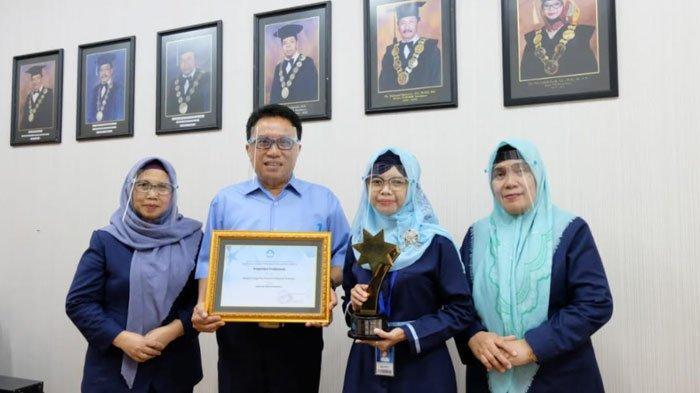 STIESIA Surabaya: No 1 Sekolah Tinggi Terbaik Anugerah Kampus Unggulan se-Jawa Timur