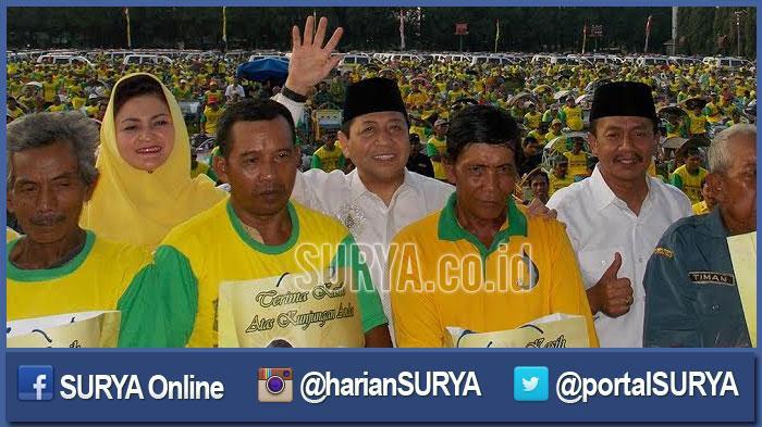 Setyo Novanto Buka Bersama Ribuan Tukang Becak di Jombang
