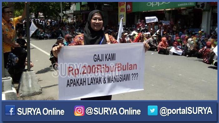 Ratusan GTT di Surabaya Cemas dan Gelisah, Honor dari Pemkot Mandek