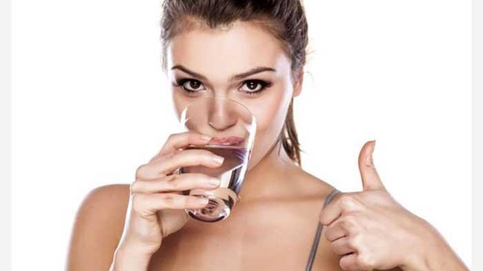 Ini Dia Manfaat Minum Air Hangat, Salah Satunya Untuk Mengatasi Nyeri