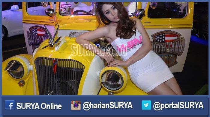 GALERI FOTO - Ketika Ratusan Fotografer Jepret Belasan Model Sensual di Surabaya - berita-surabaya-cantik-model-mulus-sensual-cantik_20160320_200304.jpg