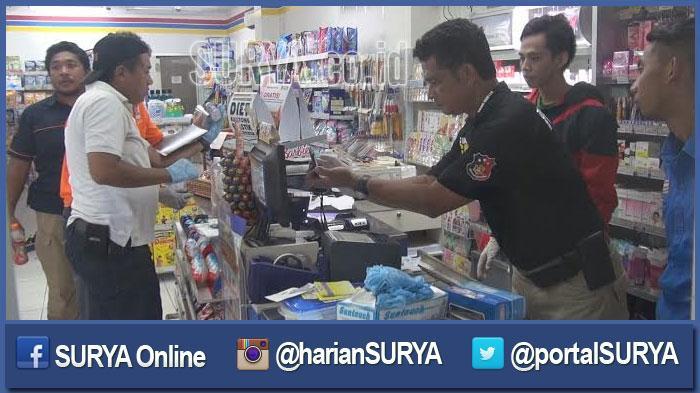 GALERI FOTO - Inilah Dampak Upaya Pembobolan ATM di Indomaret oleh 2 Pria Bertelanjang Dada - berita-surabaya-tim-identifikasi-polrestabes_20160504_191234.jpg