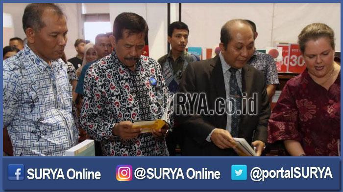 Ribuan Peserta Konferensi TEFLIN di Surabaya Ngobrol Pakai Bahasa Inggris