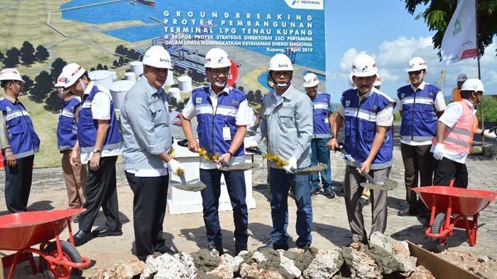 Sinergi dengan Pertamina, PT Barata Indonesia Lakukan Groundbreaking Proyek Tanki LPG di NTT