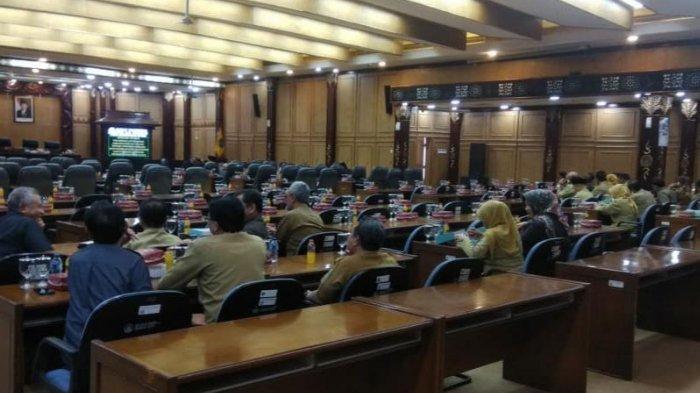 Mayoritas Anggota DPRD Sidoarjo Boikot Rapat Paripurna Pembahasan KUPA PPAS P 2019