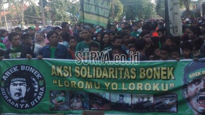 'Song for Pride Persebaya' Iringi Aksi Bonek di Taman Bungkul Surabaya
