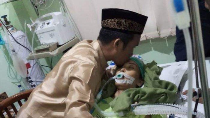 Istri Ustadz Maulana Meninggal Usai Kena Kanker Usus, Ini Penyebab & Cara Mengobati Kanker Usus