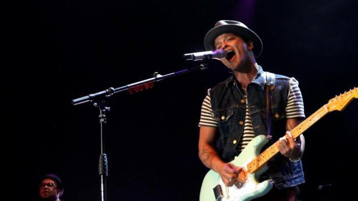 Bruno Mars Hangatkan  Jakarta