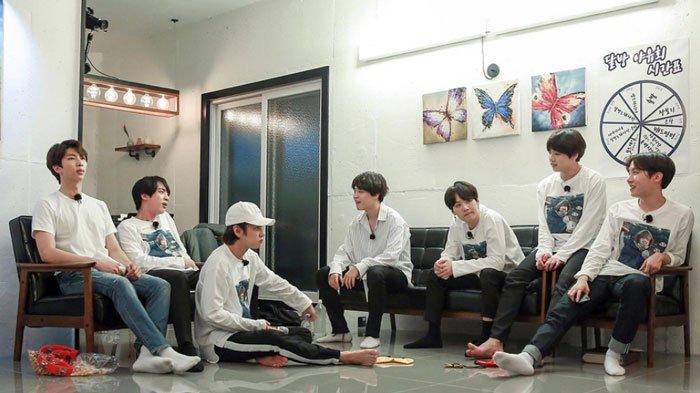 Para Member BTS Bacakan Puisi Masing-Masing di Run BTS! Episode 56, RM Isyaratkan Perpisahan