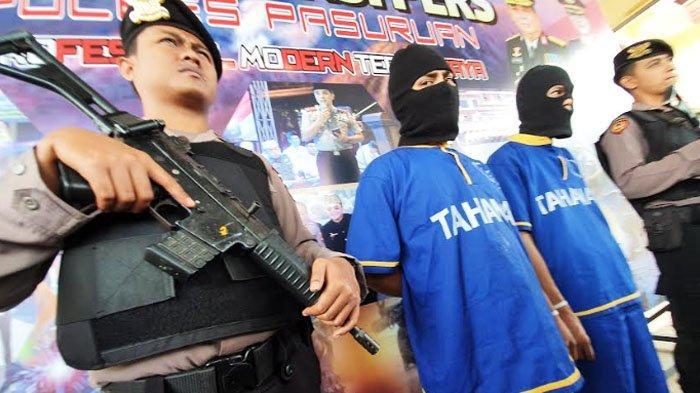 Dua Kurir Sabu di Pasuruan Ditangkap Polisi saat Transaksi dengan Warga Sekitar