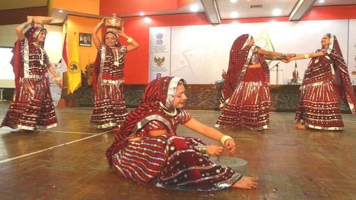 Tujuh Tari Disuguhkan Mulai  Ganapati Vandhana hingga Garbo Dance