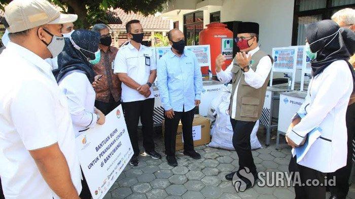 BUMN Bantu Ratusan APD untuk Satgas Covid-19 Banyuwangi