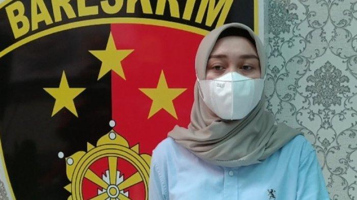 Kasat Reskrim Polresta Kediri AKP Verawati Thaib saat menggelar konferensi pers terkait pembunuhan M (17) di Hotel Lotus Garden, Kediri, Rabu (3/3/2021). Didik Mashudi