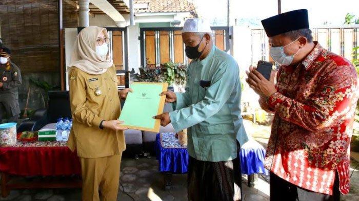 Bupati Banyuwangi Terbitkan Surat, Perjuangkan Warga Pancer Bisa Manfaatkan Lahan 150 Hektare