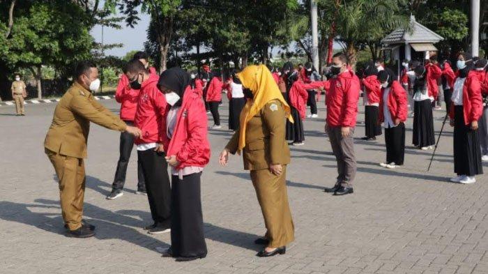 Ratusan Relawan Nakes Disebar di Kabupaten Gresik untuk Percepatan Vaksinasi Covid-19
