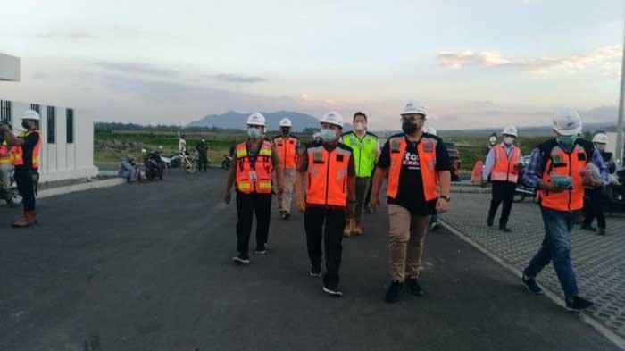 Bupati Hanindhito Himawan Pramana Targetkan Bandara Kediri Bisa Beroperasi 2023