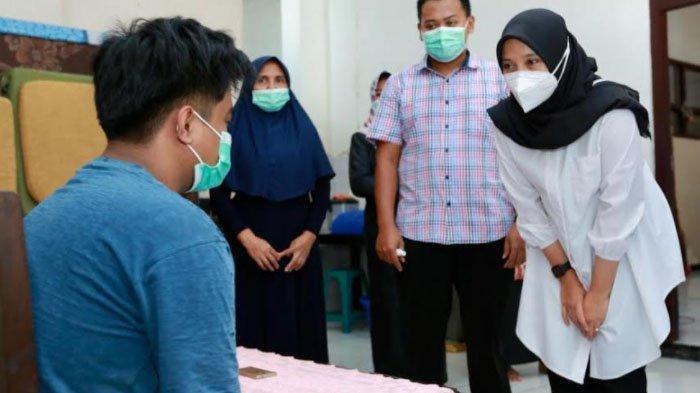 Usai Pelantikan, Bupati Ipuk Sambangi Rumah Singgah Banyuwangi di Surabaya