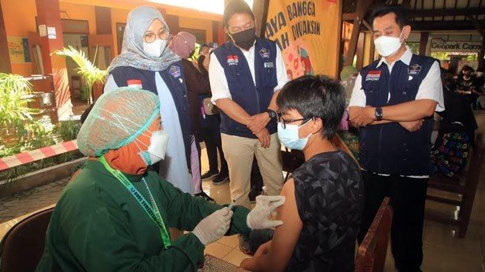 Sudah 508.000 Warga Kabupaten Banyuwangi Mendapat Vaksinasi Covid-19