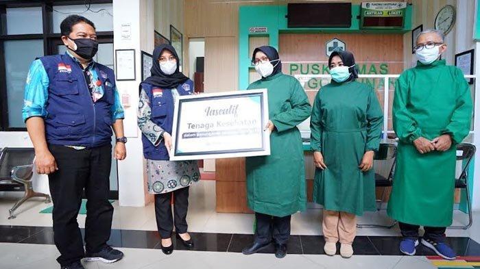 Tenaga Kesehatan di Banyuwangi Bahagia, Hari Ini Insentif Sebesar Rp 13,8 Miliar Telah Dicairkan