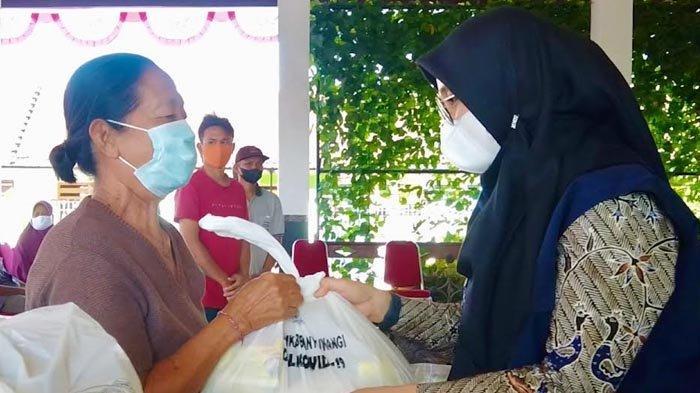 Cukup Lapor Online, Pemkab Banyuwangi Mulai Salurkan Paket Sembako untuk Warga
