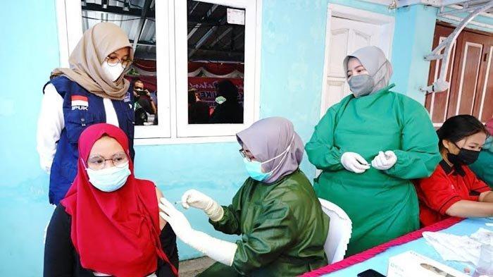 Genjot Vaksinasi Covid-19, Banyuwangi Targetkan 45 Puskemas Masing-masing Suntik 250 Orang per Hari