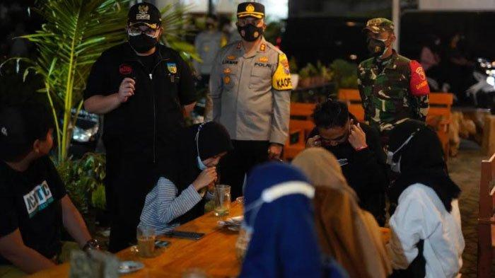 Bupati Kediri Beri Peringatan 10 Kafe di Pare yang Langgar Aturan PPKM Darurat