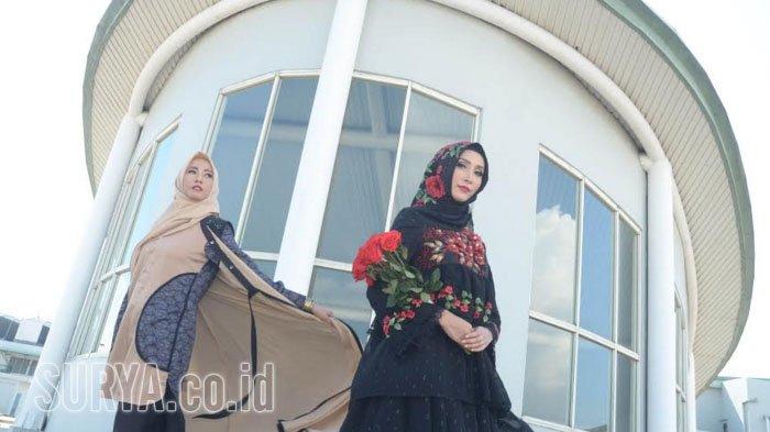 Hadirkan Metamorfosa Bunga Poppy Jadi Busana Muslim nan Elegan