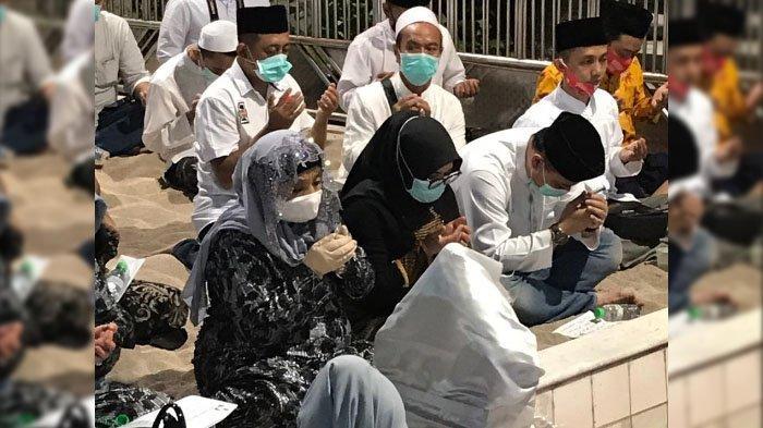 Pilwali Surabaya 2020, Eri Cahyadi-Armuji Ziarah ke Makam Wali di Kota Surabaya