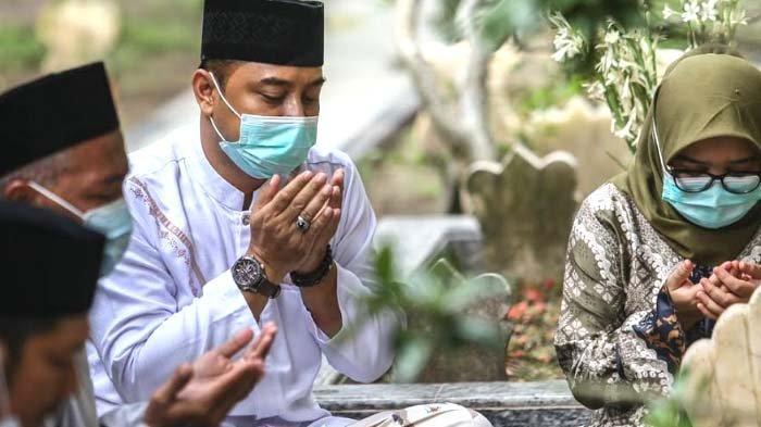 HASIL Pilkada Surabaya 2020, Eri-Armuji Unggul di TPS Risma dan Pesaingnya, Machfud Arifin