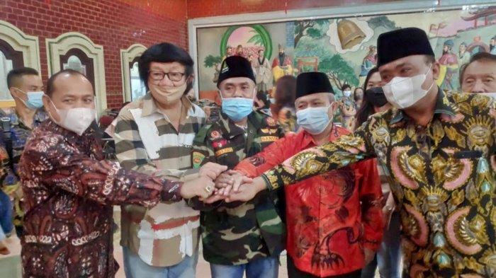 Pejabat Kemenag Hadiri Cap Go Meh di TITD Kwan Sing Bio Tuban, Sekjen: Ini Pengalaman Pertama