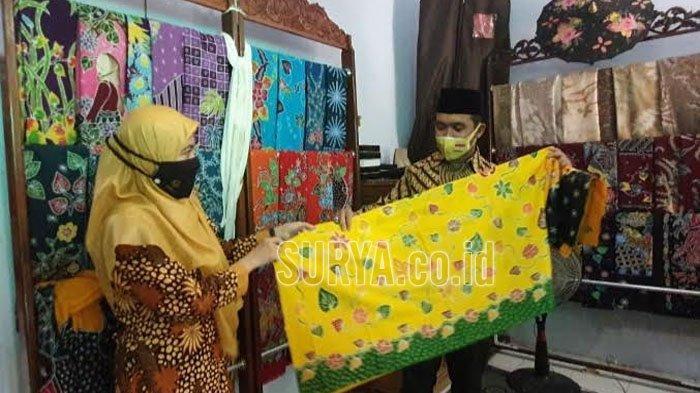Peringati Hari Batik Nasional, Cawawali Adi Wibowo Kunjungi Perajin Batik Kota Pasuruan