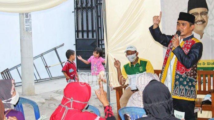 Blusukan ke Krapyakrejo Kota Pasuruan, Mas Adi Dapat Dukungan dan Doa dari Emak-Emak