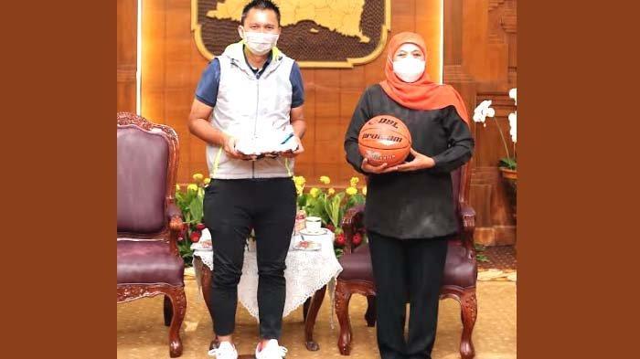 Gubernur Khofifah: Jadikan DBL Tonggak Kebangkitan Olahraga