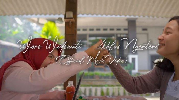 Lirik dan Chord Lagu Ikhlas Ngenteni - Woro Widowati yang Viral TikTok