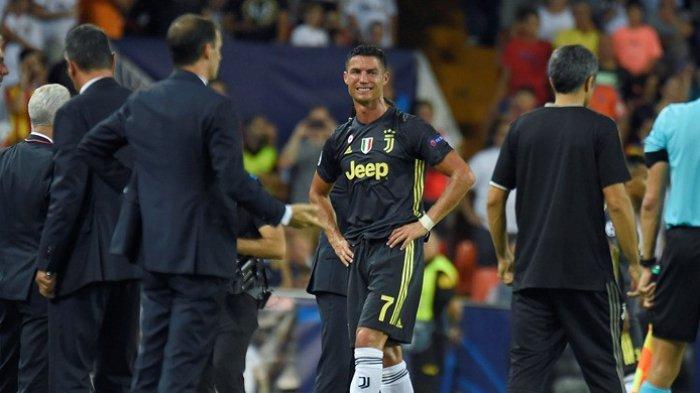 Hasil Liga Champions -  Cristiano Ronaldo Nangis Terima  Kartu Merah dan Juventus Menang