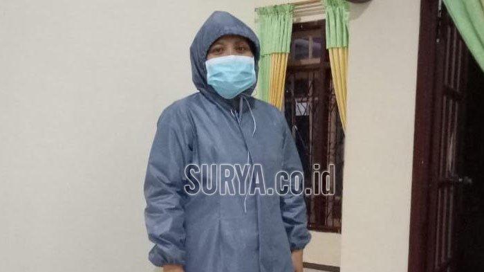 Cegah Penyebaran Covid-19, Perajin Binaan Dekranasda Kabupaten Trenggalek Bikin Masker dan APD