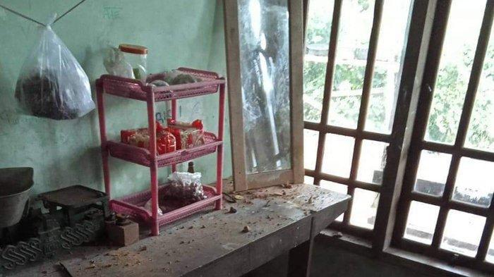 Peledakan Tebing Pembangunan Bendungan Bagong Trenggalek Bikin Rusak Rumah Warga