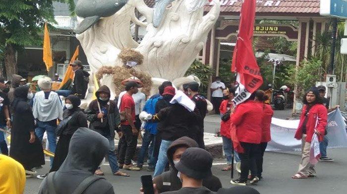 Tuding Perda Perlindungan Petani Tidak Bergigi, Mahasiswa Berdemo Tanpa Respons di Hari Tani - demo-mahasiswa-lamongan-di-hari-tani.jpg
