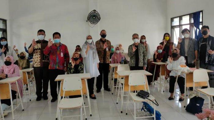 Bank Indonesia Gelar Pelatihan Inkubasi Desain Model dan Produksi Baju Siap Pakai di Banyuwangi