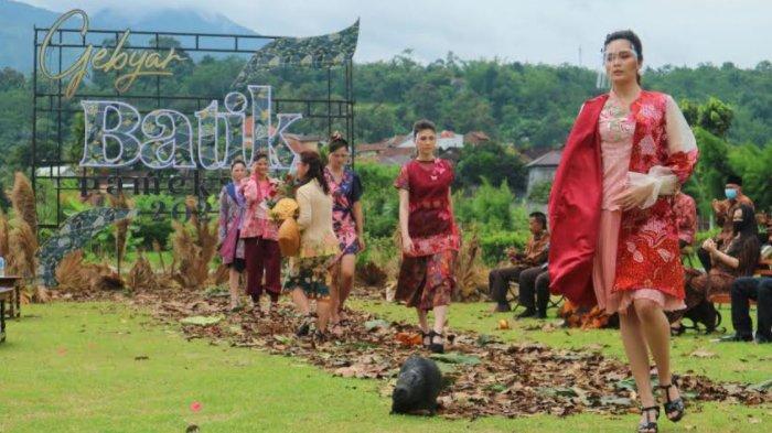 Pinky Hendarto, Desainer Semarang yang Tertarik dengan Keindahan Motif Batik Pamekasan