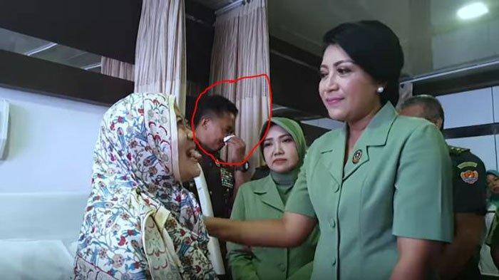 Detik-detik KSAD Jenderal Andika Perkasa Terharu Jenguk Anggotanya, Si Prajurit TNI AD Tak Menyangka