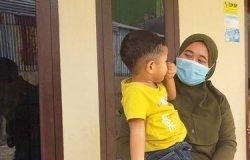 Bokong Bocah 3 Tahun Digigit Monyet, Diusir dan Dikejar Warga Pakai Batu Malah Menantang