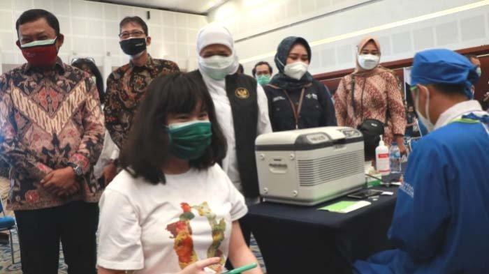 Bankjatim Turut Serta Kegiatan Vaksinasi Massal Insan Sektor Jasa Keuangan untuk Umum di Surabaya