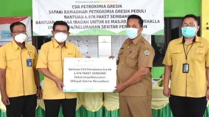 Jelang Idul Fitri,Petrokimia Gresik Bagikan CSR Rp 1,1 Miliar untuk Warga Sekitar Perusahaan