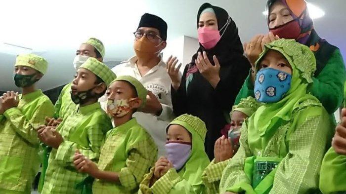 Machfud Arifin Doakan Pilwali Surabaya 2020 Aman Bersama Anak Yatim