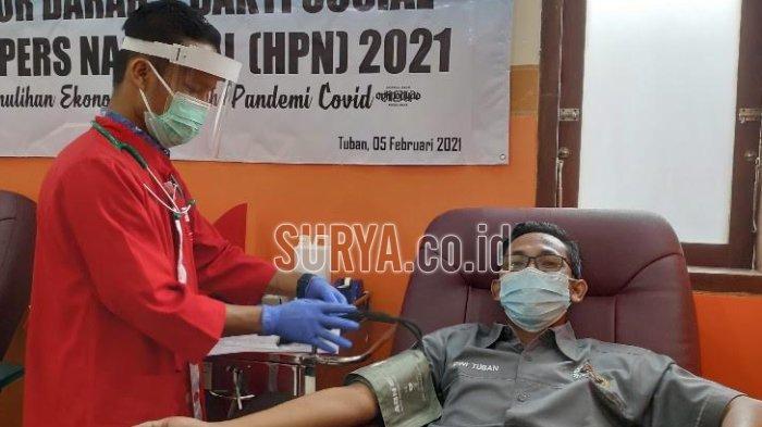 Peringatan Hari Pers Nasional, PWI Tuban Gelar Donor Darah dan Bagi-bagi Sembako